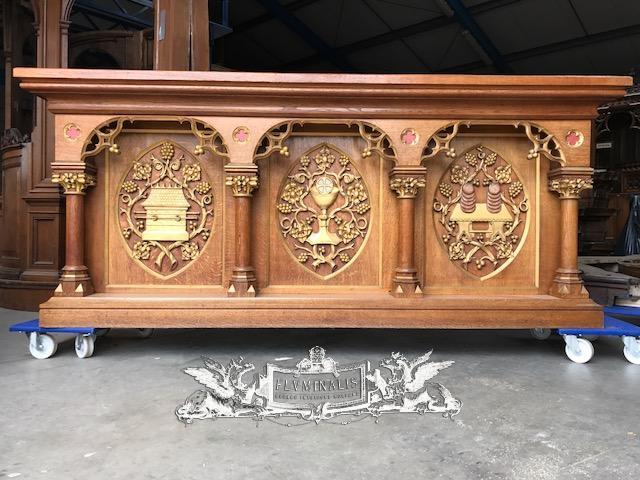 - 1 Gothic - Style Altar - Antique Church Altars - Fluminalis